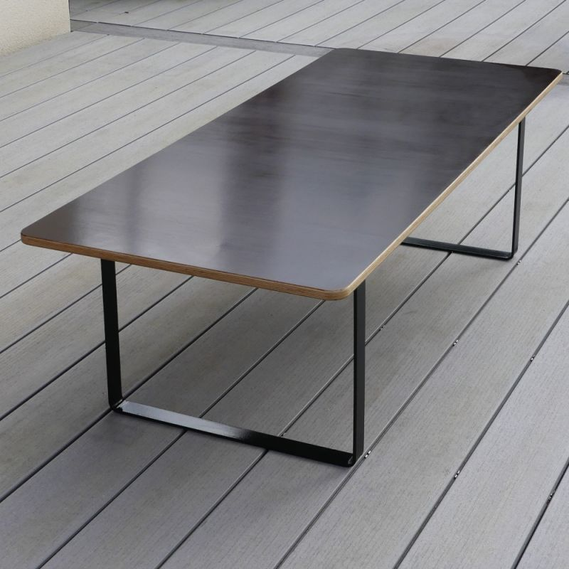 Spacio custom-made table, for indoor or outdoor use