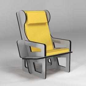 Bergère à oreilles gris clair, fabriquée sur-mesure, étagère bibliothèque en option, coussin jaune