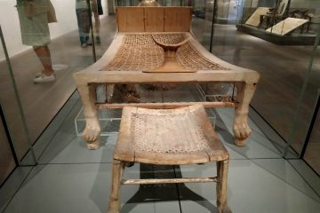 Des tabourets égyptiens vieux de 3500 ans